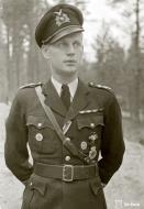 Asisbiz Brewster Buffalo MkI FAF 2.Lelv24 BW393 Hans Wind with 33 kills at Lake Suulajarvi 19th Sep 1943 02