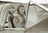 Asisbiz Brewster Buffalo MkI FAF 2.Lelv24 BW393 Hans Wind with 33 kills at Lake Suulajarvi 19th Sep 1943 06