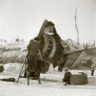 Asisbiz Brewster Buffalo MkI FAF LeLv24 BW378 Lake Viiksjärvi 17th Mar 1942 02