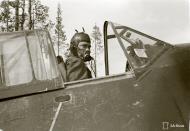 Asisbiz Brewster Buffalo MkI FAF LeLv24 BWxxx Tiiksin Airbase 25th May 1942 89185
