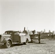 Asisbiz Brewster Buffalo MkI FAF LeLv24 being refueled at Suulajarvi 10th May 1944 01
