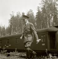 Asisbiz Adolf Hitler's visit to Marshal Mannerheim on his 75th birthday at Immola 4th Apr 1942 89574