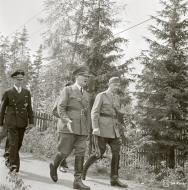 Asisbiz Adolf Hitler's visit to Marshal Mannerheim on his 75th birthday at Immola 4th Apr 1942 89577