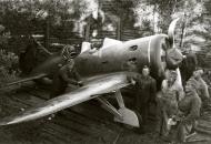 Asisbiz Captured Soviet Polikarpov I 16 Rata from an airport on the shores of Syvari Aunus Lotinanpelto 8th Sep 1941 11916