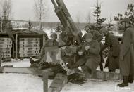 Asisbiz Finnish Air Defensive Regiment 108 Rask (HPtri) flak unit (cannon model 75Itk35 Skoda) 5th Mar 1944 147052