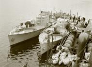 Asisbiz Finnish Navy Minelayer Riilahti with Patrol boats VMV9 and VMV7 at their moorings Finland 18th May 1942 88619