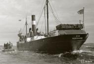 Asisbiz Finnish Navy cargo ship SS Eva off Ahvenanmaa 1st Sep 1942 106864