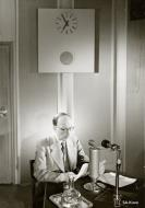Asisbiz Finnish President Ryti gives a speech in Helsinki 26th June 1941 20543