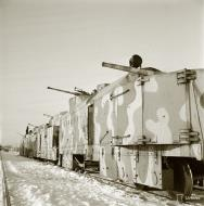 Asisbiz Finnish armored train equipped for anti aircraft and coastal protection seen at Aanislinna 18th Feb 1942 77548