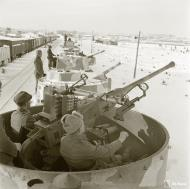 Asisbiz Finnish armored train equipped for anti aircraft and coastal protection seen at Aanislinna 18th Feb 1942 77549