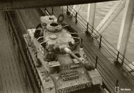 Asisbiz Finnish army Panzer IV tank unit 8.Kev.It.Ptrin bridge station in Oulu 12th Nov 1944 167601