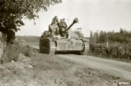 Asisbiz Finnish army Sturmgeschutz III at Tali join with German forces heading for Lappeenranta 2nd Jul 1944 155642