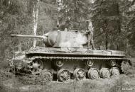 Asisbiz Finnish army with their restored Soviet KV1 tank around Pihkalanjarvi 4th Jul 1944 152128