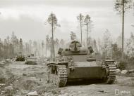 Asisbiz German Panzer III battles it out with Soviet forces at Ounasniemi 16th Jul 1941 26167