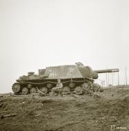 Asisbiz Soviet ISU 152 tank disabled near Ihantala 6th Sep 1944 162000
