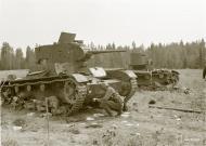 Asisbiz Soviet T26 tanks destroyed around Koivikkomaki 30th Jul 1941 31992