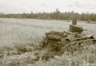 Asisbiz Soviet T26B tank destroyed on the road between Hotakan and Leipasuo 31st Aug 1941 43654