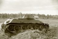 Asisbiz Soviet T34 tank knocked out along the Kaukola Raisala road 20th Aug 1941 37678