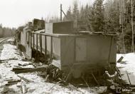Asisbiz Soviet armored train destroyed by aerial bombardment Latva Aanislinna 19th Apr 1941 82637