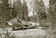 Asisbiz FAF Petlyakov Pe 2 PE212 Mikkeli Joensuu Finland 4th Sep 1942 107063