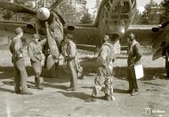 Asisbiz FAF Petlyakov Pe 2 PE215 returns from its mission at Lappeenranta 30th Jun 1944 04