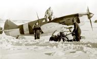 Asisbiz Finnish airforce LaGG 3 35 series Lelv32 LG3 based at Nurmoila late 1942 01