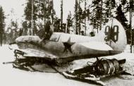 Asisbiz Finnish airforce LaGG 3 5 series Lelv32 LG1 was Black 29 recovered Aunus Feb 1942 01