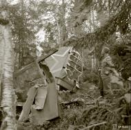 Asisbiz Soviet Ilyushin Il 2 Shturmovik 11378132 crash site at Loimolan 4th Aug 1944 01
