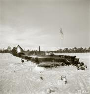 Asisbiz Soviet Lavotsk Gorbunov Gudkov LaGG 3 Red 7 force landed and captured 7th Mar 1942 2861