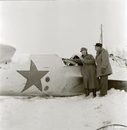 Asisbiz Soviet Tupolev SB 2M 7th Army Yellow 9 force landed at Imikkra Mansikkakoski 1st Dec 1939 111049