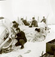Asisbiz Soviet Tupolev SB 2M 7th Army Yellow 9 force landed at Imikkra Mansikkakoski 1st Dec 1939 111051