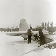 Asisbiz Soviet Tupolev SB 2M 7th Army Yellow 9 force landed at Imikkra Mansikkakoski 1st Dec 1939 163540