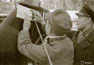 Asisbiz Aircrew FAF pilot Lt Ruohola adding his air victories to his aircraft at Suulajarvi 13th Nov 1941 67611