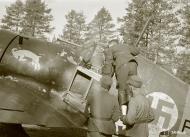 Asisbiz Fokker D XXI FAF 1.LeLv12 at Nurmoila 24th Apr 1942 01