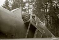 Asisbiz Fokker D XXI FAF LeLv12 FR98 at Aunus 18th Oct 1943 141201