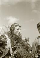 Asisbiz Fokker D XXI FAF LeLv14 FR109 Lt T Vuorinen celebrate his 100 flight at Rukajarven 11th Aug 1942 104797