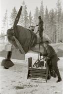 Asisbiz Fokker D XXI FAF maintenance work minus 26 Tiiksjarvi Airport 1st Nov 1941 08