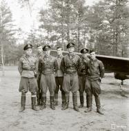 Asisbiz Curtiss Hawk 75A FAF LeLv32 CUxxx Capt Bremer at Nurmoila Finland 12th Jul 1942 02