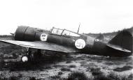 Asisbiz Curtiss Hawk 75A4 Finnish Air Force 1.LeLv12 CU504 Finland 1941 01