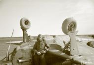 Asisbiz Morane Saulnier MS 406 FAF MS316 landing mishap Llanas Latva 14th May 1942 02