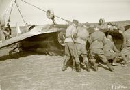 Asisbiz Morane Saulnier MS 406 FAF MS316 landing mishap Llanas Latva 14th May 1942 04