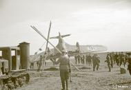 Asisbiz Morane Saulnier MS 406 FAF MS316 landing mishap Llanas Latva 14th May 1942 07
