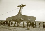Asisbiz Morane Saulnier MS 406 FAF MS316 landing mishap Llanas Latva 14th May 1942 11