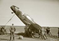 Asisbiz Morane Saulnier MS 406 FAF MS316 landing mishap Llanas Latva 14th May 1942 14