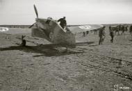 Asisbiz Morane Saulnier MS 406 FAF MS316 landing mishap Llanas Latva 14th May 1942 87748