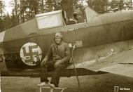 Asisbiz Morane Saulnier MS 406 FAF MS625 Capt Tainio n Lt Kalima at Tiiksjarvi 26th May 1943 129286