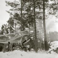 Asisbiz Finnish artillery firing on Soviet positions around Vyborg Winter War 4th Mar 1940 5393