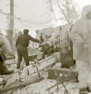 Asisbiz Finnish artillery firing on Soviet positions around Vyborg Winter War 4th Mar 1940 5396