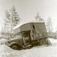 Asisbiz Finnish forcs salvaging Soviet equipment at Lemeti area Winter War 1st Feb 1940 4762