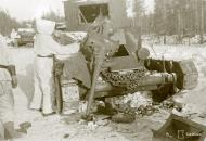 Asisbiz Finnish heavy artillery firing on Soviet positions in the Impilahti area Winter War 1st Feb 1940 34802